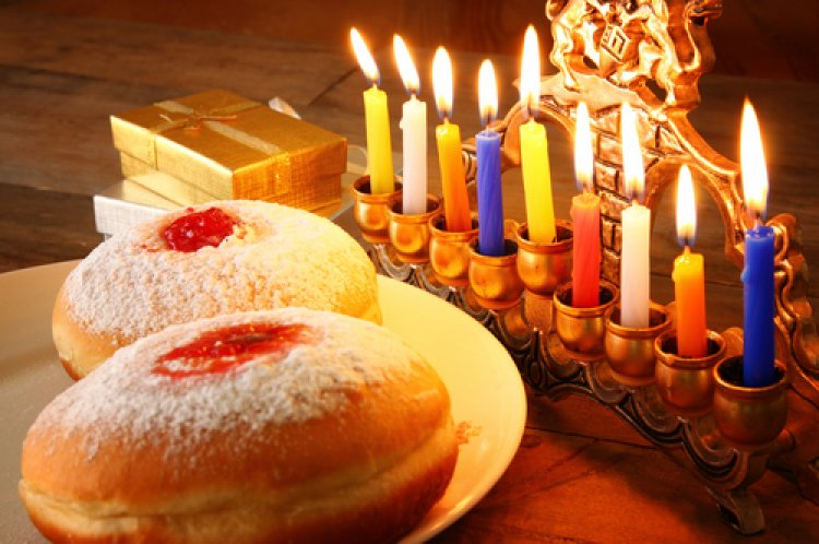 A Digest of the Laws of Hanukkah
