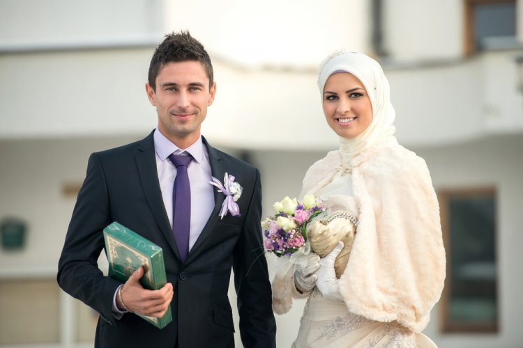 Is Israel's Ministry of Education Encouraging Intermarriage?