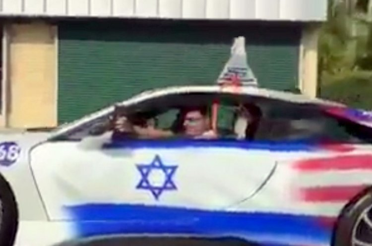 Watch: Joe's Unique Chanukah Car Parade in Florida
