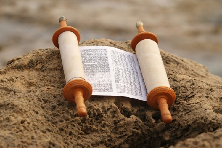 The Power of the Blessings on Torah Study