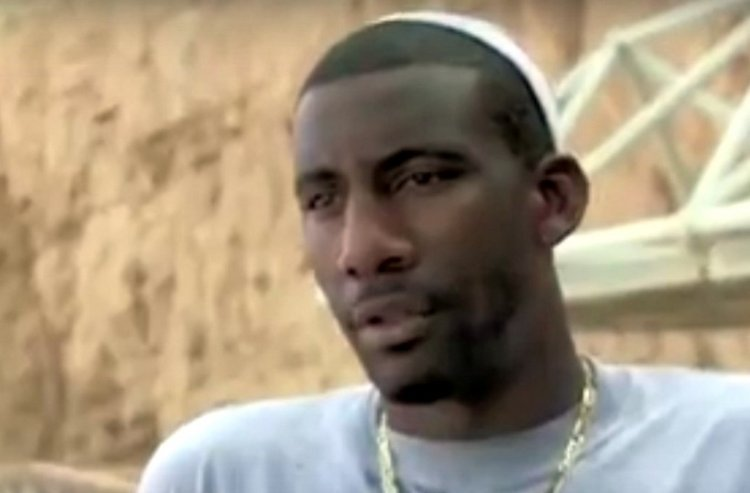 Amar'e Stoudemire Learns Torah Wears Tzitzith and Keeps Kosher