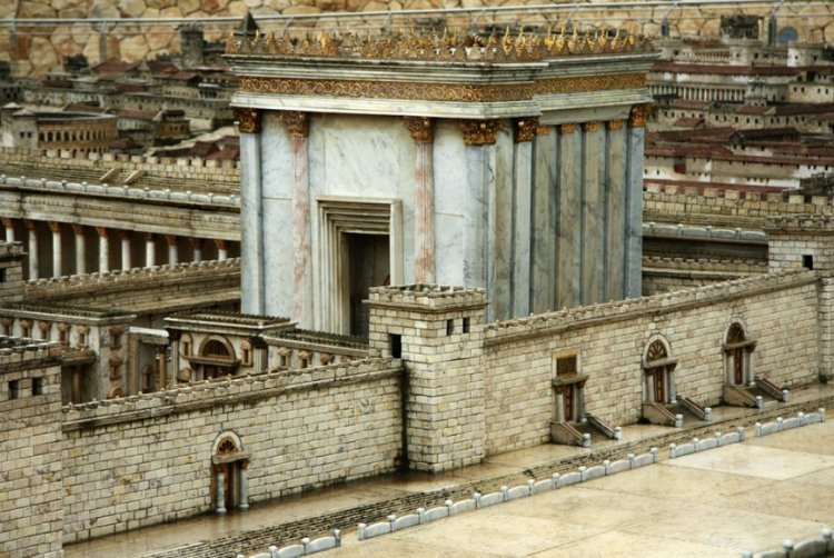 who wrote �king solomon built the temple on the temple