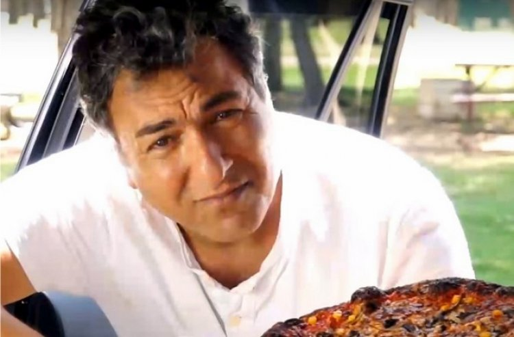 Watch: Frightening Pizza Experiment with Chef Haim Cohen
