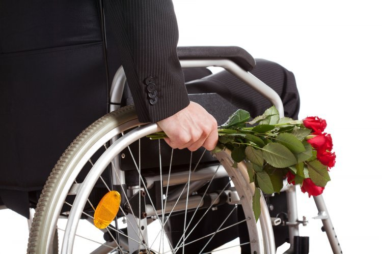 Rabbi Gifter Always Bought  His Wife Flowers for her Birthday Even when he was Wheelchair Bound