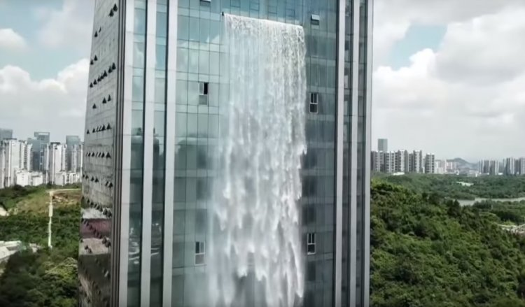 See the World's Highest Man-Made Waterfall on a Chinese Skyscraper