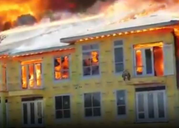 Remarkable Escape from a Burning Building - Not for the Faint-Hearted