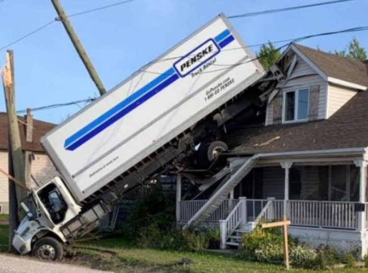 How Did a Cargo Truck Land on the Roof of a House? Watch and Find Out